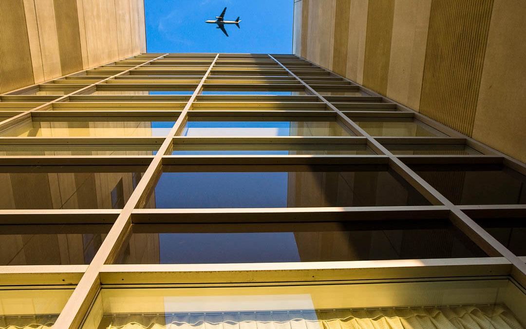 Takeoff Rwy 06R, YUL